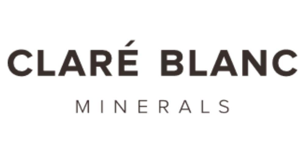 clare_blanc